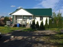 Maison à vendre à Lachute, Laurentides, 245, Rue  Georges, 27737530 - Centris