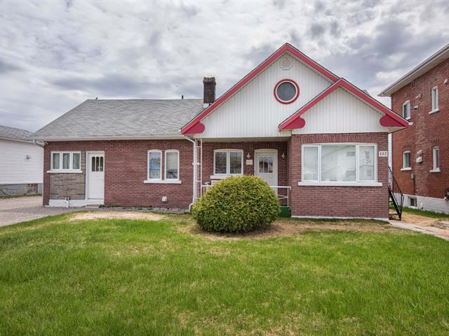 Duplex à vendre à Senneterre - Ville, Abitibi-Témiscamingue, 480 - 482, 13e Avenue, 14764077 - Centris.ca