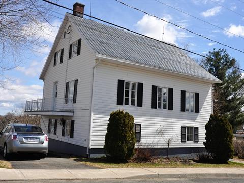 House for sale in Leclercville, Chaudière-Appalaches, 1002, Rue de l'Église, 28614162 - Centris.ca