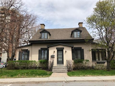 House for sale in Saint-Lambert, Montérégie, 302, Avenue  Victoria, 18555433 - Centris