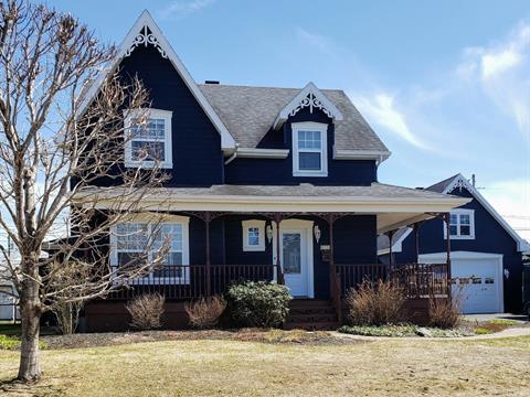 Maison à vendre à Saint-Lambert-de-Lauzon, Chaudière-Appalaches, 35, Place  Philippe, 13037940 - Centris