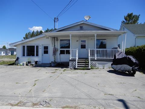 Duplex for sale in Ville-Marie, Abitibi-Témiscamingue, 42 - 42A, Rue  Notre-Dame Nord, 20502299 - Centris.ca