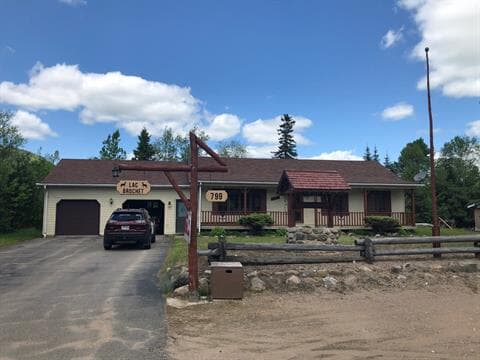 Cottage for sale in La Bostonnais, Mauricie, 799, Route  155 Nord, 22552731 - Centris.ca