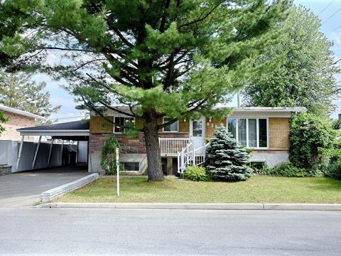House for sale in Saint-François (Laval), Laval, 8380 - 8380A, Rue  Cyrano, 11568634 - Centris.ca