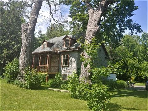 House for sale in Terrebonne (Terrebonne), Lanaudière, 1189, Rue  Saint-Louis, 28628737 - Centris.ca