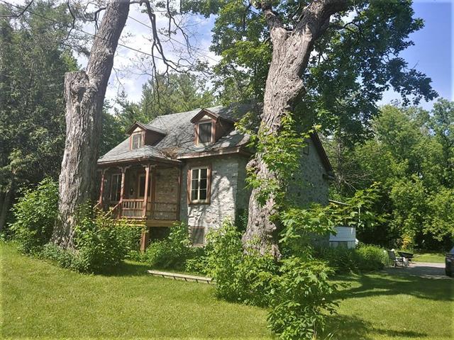 Maison à vendre à Terrebonne (Terrebonne), Lanaudière, 1189, Rue  Saint-Louis, 28628737 - Centris.ca