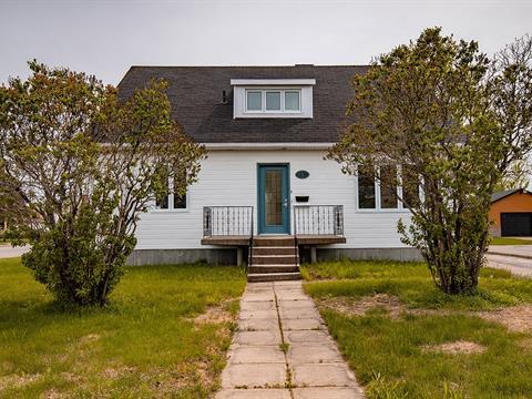 House for sale in Baie-Comeau, Côte-Nord, 693, Rue  Bossé, 9327847 - Centris.ca