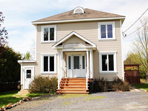 House for sale in Bromont, Montérégie, 124, Rue de Sherbrooke, 28001815 - Centris