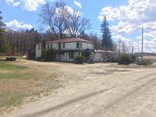 Triplex à vendre à Warwick, Centre-du-Québec, 79, Route  116 Est, 17661651 - Centris.ca