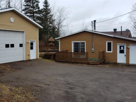 House for sale in Lac-Kénogami (Saguenay), Saguenay/Lac-Saint-Jean, 4026, Rue des Trappeurs, 25238394 - Centris