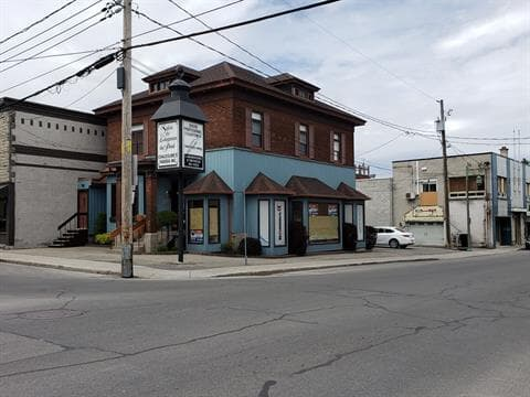 Duplex for sale in Salaberry-de-Valleyfield, Montérégie, 30 - 30A, Rue  Sainte-Cécile, 27189440 - Centris.ca