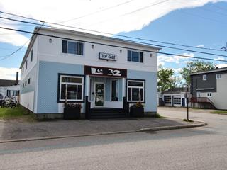 Commercial building for sale in Port-Cartier, Côte-Nord, 32, Rue  Plante, 9855062 - Centris.ca