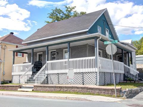 Maison à vendre à Saint-Côme/Linière, Chaudière-Appalaches, 1243, Rue  Principale, 18095796 - Centris.ca