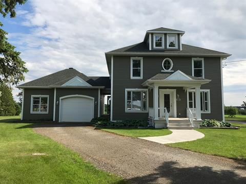 House for sale in Lyster, Centre-du-Québec, 2700, Rue  Bécancour, 22671352 - Centris.ca