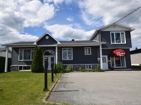 Duplex for sale in Sherbrooke (Brompton/Rock Forest/Saint-Élie/Deauville), Estrie, 6072 - 6074, Chemin de Saint-Élie, 10431658 - Centris.ca