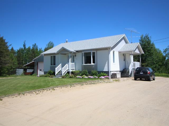 Maison à vendre à Saint-Stanislas (Saguenay/Lac-Saint-Jean), Saguenay/Lac-Saint-Jean, 356, Rang  Alphonse, 20385778 - Centris.ca