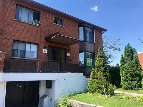Quadruplex à vendre à Saint-Laurent (Montréal), Montréal (Île), 2211 - 2219, boulevard de la Côte-Vertu, 15931717 - Centris