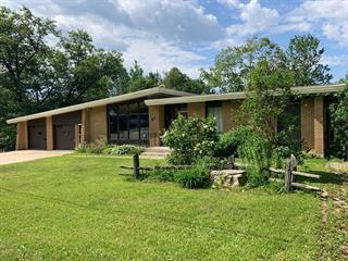 House for sale in Témiscaming, Abitibi-Témiscamingue, 46, Avenue  Thorne, 22369432 - Centris.ca