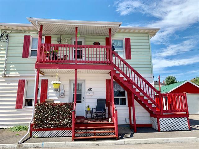 Duplex à vendre à Saguenay (La Baie), Saguenay/Lac-Saint-Jean, 1512 - 1514, Rue  Larouche, 9370232 - Centris.ca