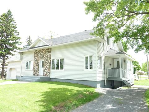 Maison à vendre à Joliette, Lanaudière, 862, boulevard  Base-de-Roc, 24618358 - Centris.ca