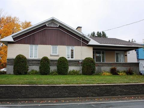 Maison à vendre à Sainte-Clotilde-de-Beauce, Chaudière-Appalaches, 1020, Rue  Principale, 13975116 - Centris.ca