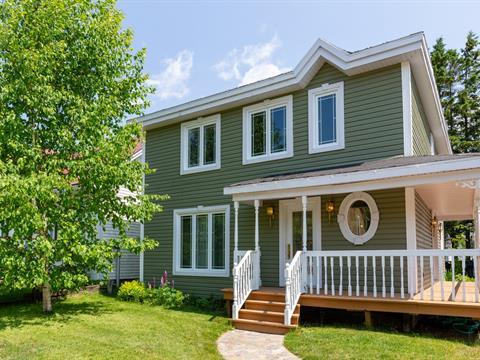 Maison à vendre à Pont-Rouge, Capitale-Nationale, 14, Rue  Saint-Jean, 9694299 - Centris.ca