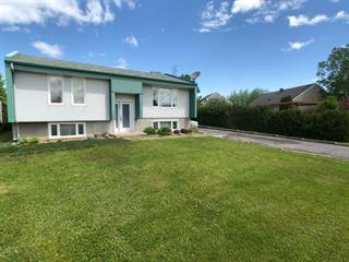 Maison à vendre à Roberval, Saguenay/Lac-Saint-Jean, 808, Rue  Barette, 15997513 - Centris.ca