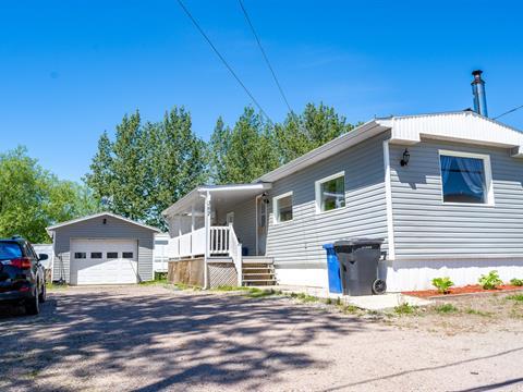 Mobile home for sale in Hébertville, Saguenay/Lac-Saint-Jean, 367, Rue  Racine, 22434600 - Centris.ca