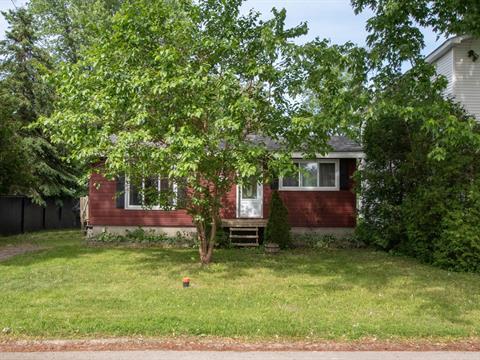 Maison à vendre à Sainte-Marthe-sur-le-Lac, Laurentides, 77, 40e Avenue, 27133141 - Centris.ca