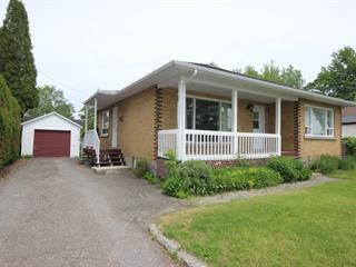 Maison à vendre à Saguenay (Jonquière), Saguenay/Lac-Saint-Jean, 2156, Rue  Saint-Régis, 16434180 - Centris.ca