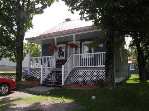 House for sale in Honfleur, Chaudière-Appalaches, 377, Rue  Saint-Jean, 25374958 - Centris.ca