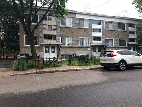 Duplex for sale in Saint-Laurent (Montréal), Montréal (Island), 2110 - 2112, Rue  Patricia, 20896974 - Centris