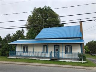 House for sale in Saint-Guillaume, Centre-du-Québec, 220, Rue  Principale, 26965341 - Centris.ca