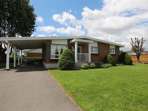 House for sale in Granby, Montérégie, 570, Rue  Bourget Ouest, 24639368 - Centris