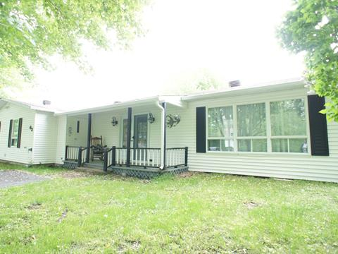 Mobile home for sale in Saint-François-du-Lac, Centre-du-Québec, 63, Rue  Leblanc, 15648071 - Centris.ca