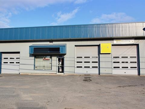 Commercial building for sale in Saint-Cyrille-de-Wendover, Centre-du-Québec, 4530, Rue  Principale, 13701797 - Centris