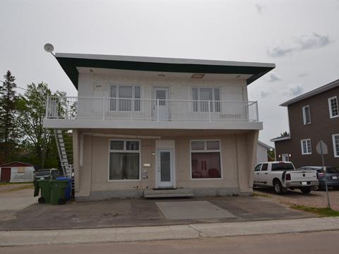 Duplex à vendre à Laterrière (Saguenay), Saguenay/Lac-Saint-Jean, 6289 - 6291, Rue  Notre-Dame, 17865301 - Centris