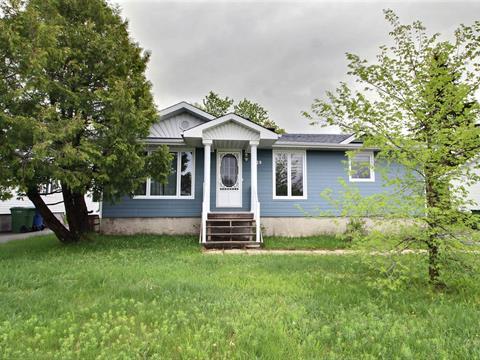 Maison à vendre à Val-d'Or, Abitibi-Témiscamingue, 229, Rue  Poirier, 10923292 - Centris