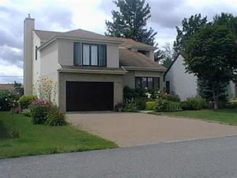Maison à vendre à Sainte-Thérèse, Laurentides, 994, Rue  Paul-Sicotte, 15583343 - Centris