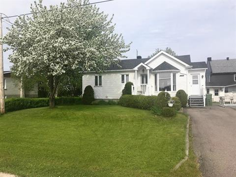 Maison à vendre à Métabetchouan/Lac-à-la-Croix, Saguenay/Lac-Saint-Jean, 274, Rue  Saint-André, 11343086 - Centris.ca