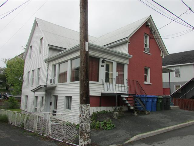 Triplex for sale in Saint-Georges, Chaudière-Appalaches, 275 - 287, 121e Rue, 12272082 - Centris.ca
