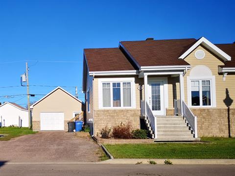 Maison à vendre à Métabetchouan/Lac-à-la-Croix, Saguenay/Lac-Saint-Jean, 111, Rue de la Plaine, 26432283 - Centris.ca
