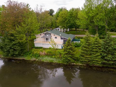 House for sale in Saint-Félix-de-Kingsey, Centre-du-Québec, 320, Rue  Therrien, 10577504 - Centris