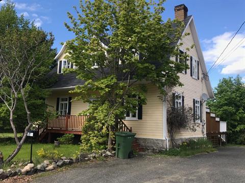 Maison à vendre à Clermont (Capitale-Nationale), Capitale-Nationale, 101, Rue  Lapointe, 14241320 - Centris.ca