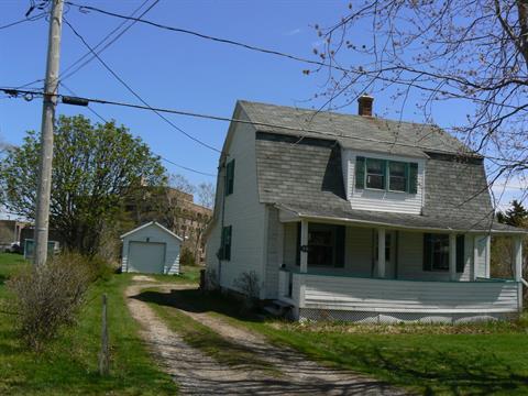 House for sale in Percé, Gaspésie/Îles-de-la-Madeleine, 24, Rue de l'Église, 28974454 - Centris