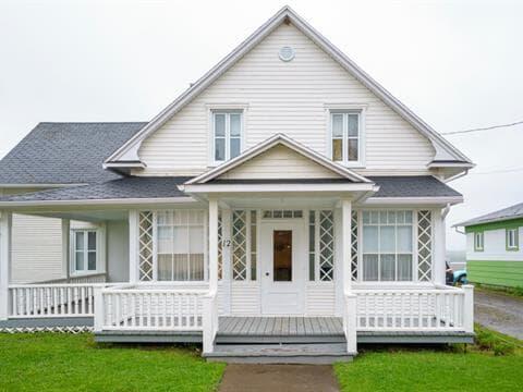 House for sale in Saint-Clément, Bas-Saint-Laurent, 12, Rue  Principale Ouest, 23046393 - Centris.ca