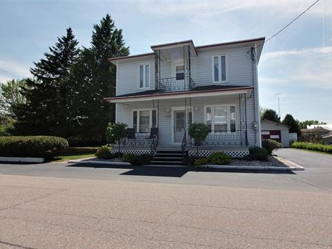 House for sale in Saint-Adelphe, Mauricie, 680, Rue  Cossette, 15283620 - Centris.ca