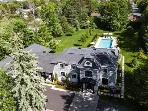 Maison à vendre à Saint-Bruno-de-Montarville, Montérégie, 212, Rue  Beaumont Est, 28104192 - Centris.ca