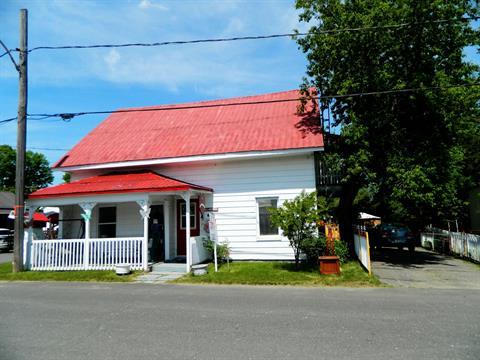 House for sale in Lyster, Centre-du-Québec, 142 - 146, Rue  Landry, 28596567 - Centris.ca