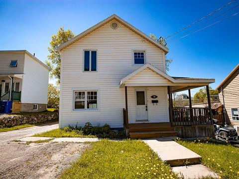 House for sale in Baie-Comeau, Côte-Nord, 13, Avenue  Laval, 27557922 - Centris.ca
